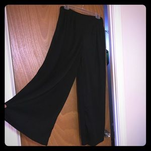 Boohoo wide leg black pants